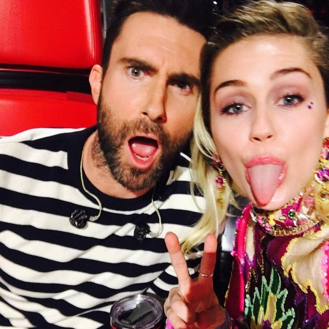 "miley-cyrus-en-""the-voice"""